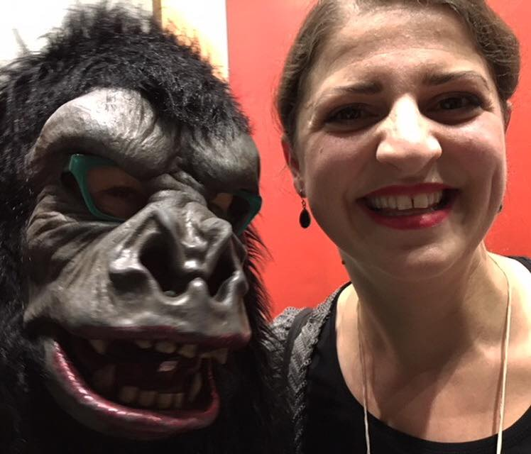 Guerrilla Girl Käthe Kollwitz mit Zoë MacTaggart