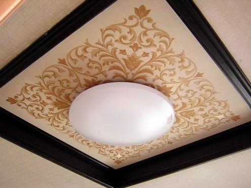 天井がなにげに豪華です~