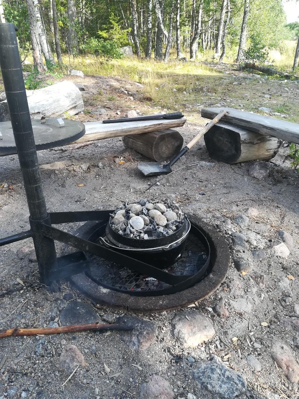 Tolle Feuerstellen im Wald