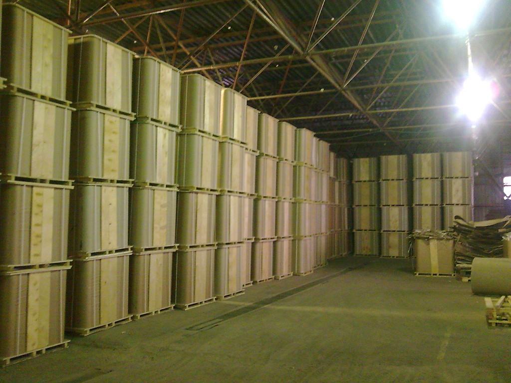 Хранение тары на складе
