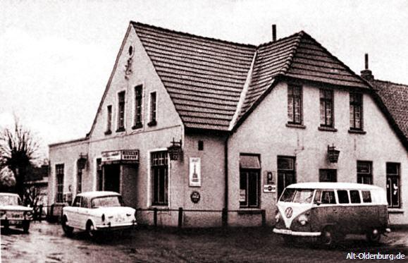 Der Schützenhof kurz nach der Übernahme von Arno Decker. Der Lebensmittelhandel war aufgegeben worden (1963)