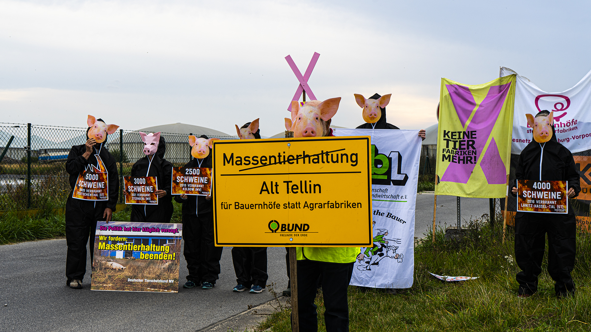Demo in Berlin & Alt Tellin: STOP Massentierhaltung!