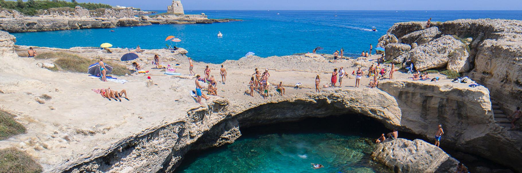 """""""La Poesia"""" - Natural swimming pool in Roca Vecchia"""