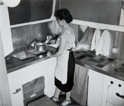 Architecture moderne années 1930 cuisine Cité Radieuse marseille