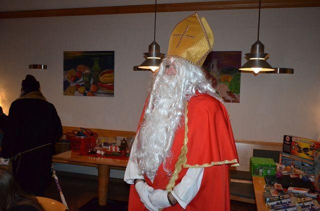 Weihnachtsfeier mit Besuch des Nikolaus