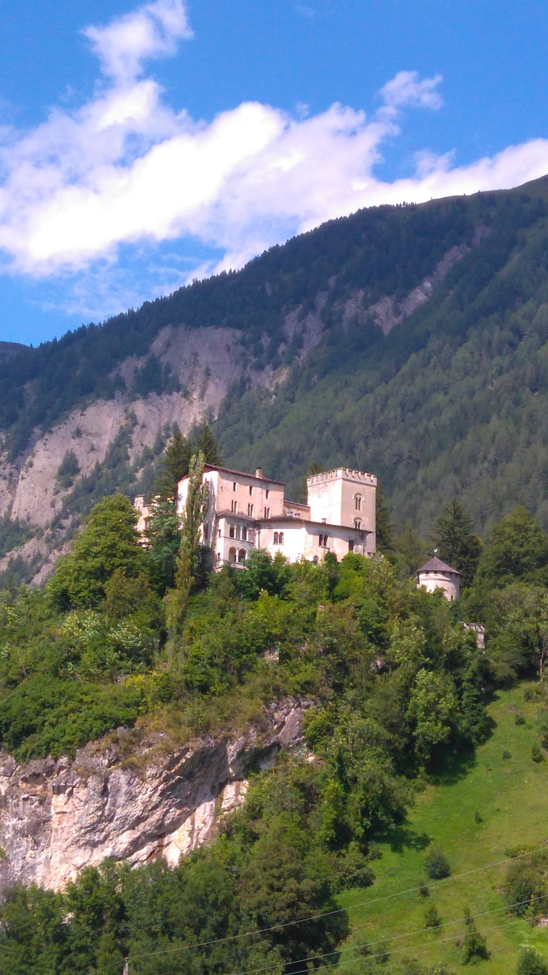 Matrei, Osttirol, Schloß Weißenstein