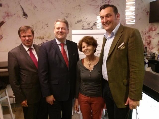 Watterturnier 2015: v.l.n.r.: Gerald Steger, BM Andrä Rupprechter, Margaretha Maleh, Stefan Kirchebner,  Foto: Brückl