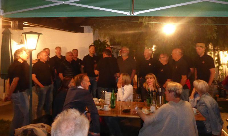 in Perchtoldsdorf Wir  singen auch mit!