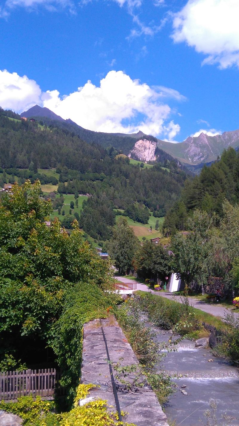 Matrei, Osttirol, Blick zum Falkenstein