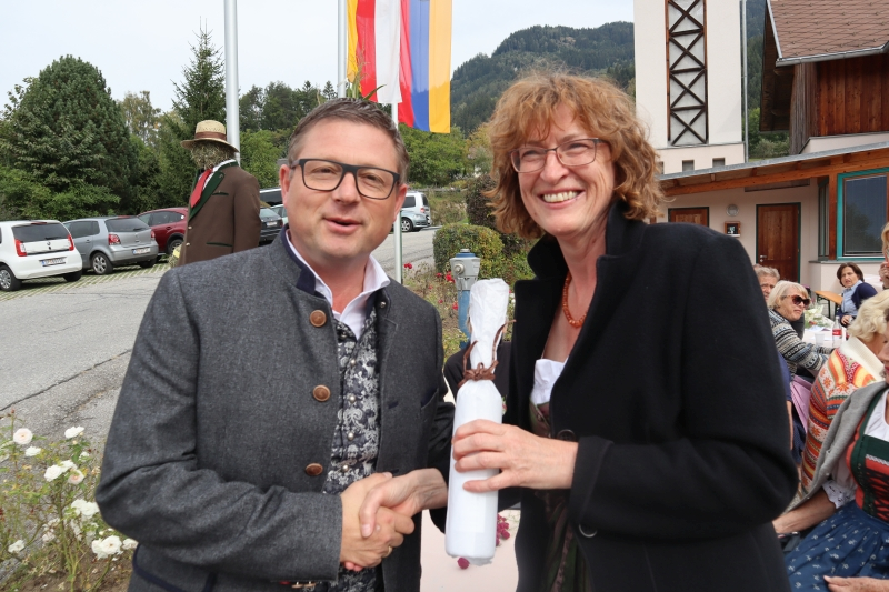 So: Schnaps für Helmut Koch vom Tourismusbüro