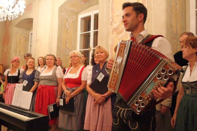 Paul Ehgartner mit seiner Harmonika