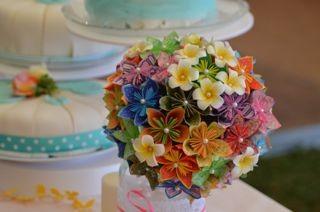 Brautstrauß und Torte