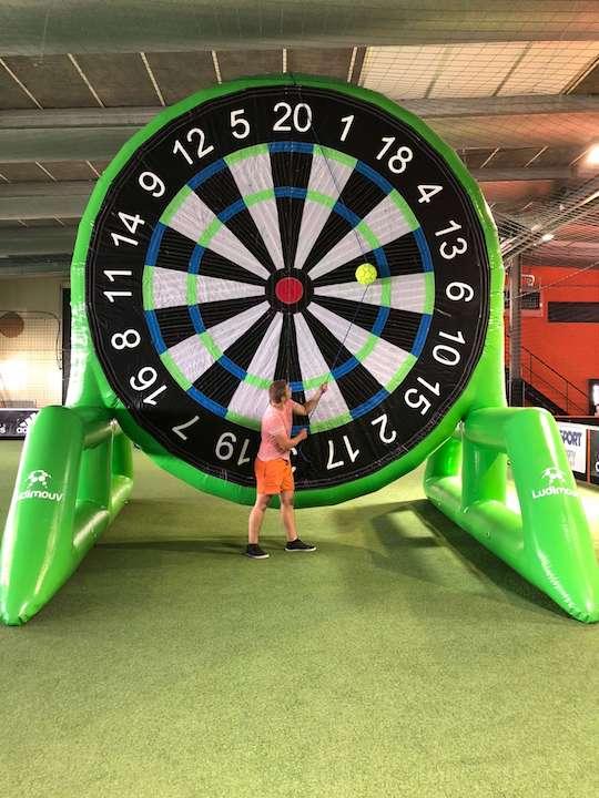 soccer-dart-velcro-ball
