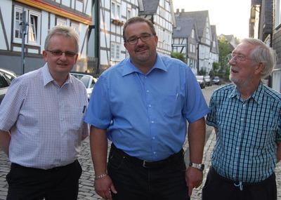 Jürgen Gastes, Torsten Freda und Klaus Dörner (Bild Peter Barden Siegener Zeitung)