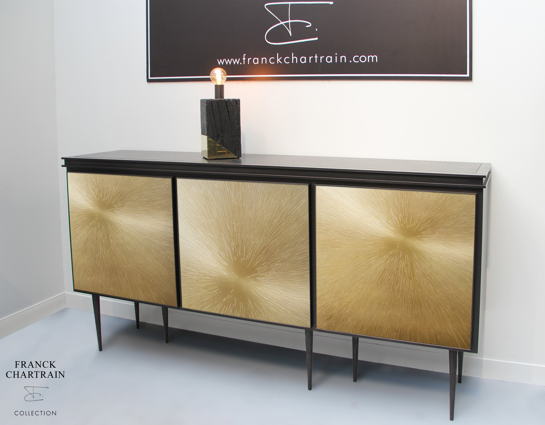 ASTRES SIDEBOARD Bronze, textured steel