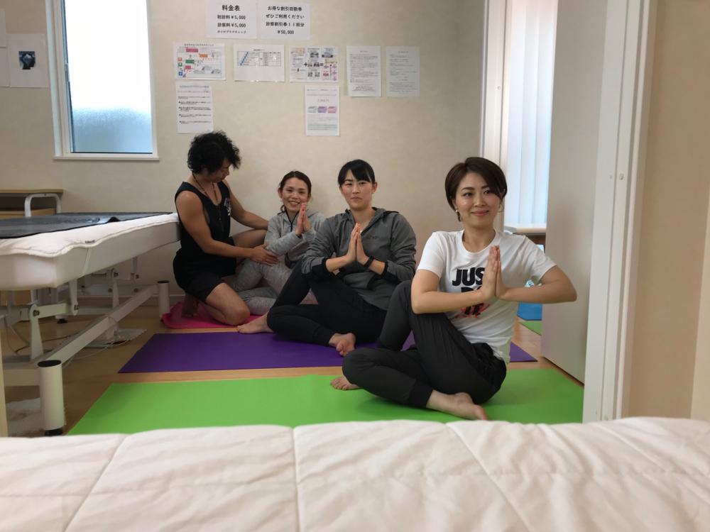ひびきのファミリー教室(カイロプラクティック教室・指圧教室・ヨガ教室)|北九州市若松区