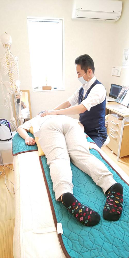 骨盤矯正・O脚矯正・産後骨盤調整を改善したいなら 北九州市八幡西区の自然治癒力アップ・免疫力を高めるカイロプラクティック・整体のお店【ひびきのカイロプラクティック】