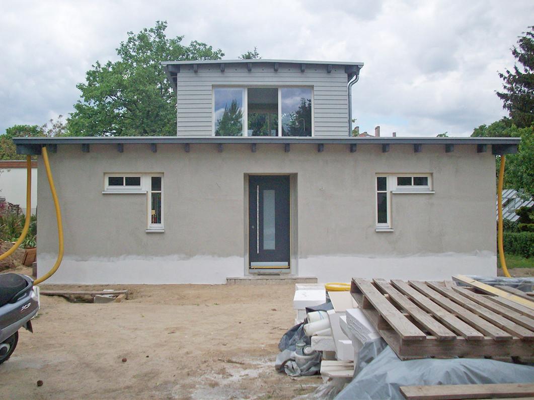 Ostansicht kurz vor der Fertigstellung, April 2011