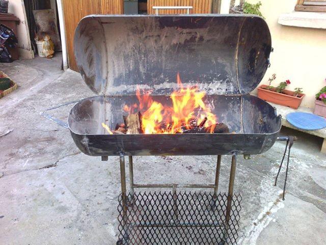 Construire un brasero free comment faire un brasero de briques with construire un brasero - Fabriquer un barbecue avec un chauffe eau ...