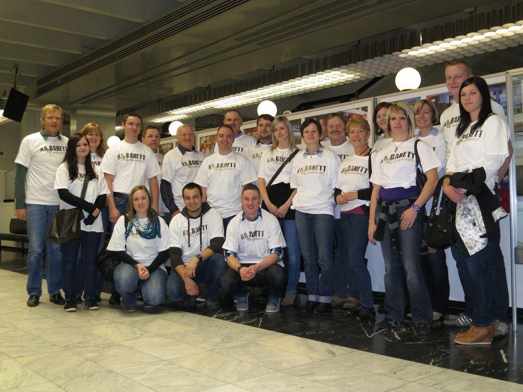 ...unsere mitgereisten Fans im ORF Zentrum