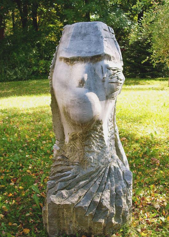 """""""Germanus 94"""" 1994, türk. Marmor, H 165cm"""