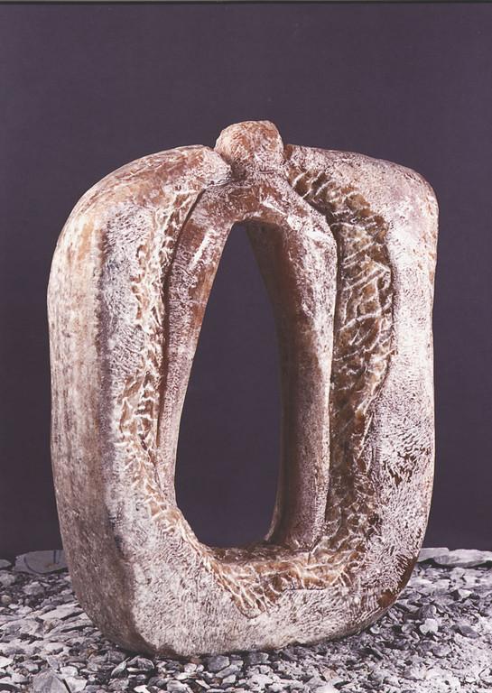 """Zwang"" 1998, griechischer Marmor, gespitzt, geschliffen, 73x21x90cm"