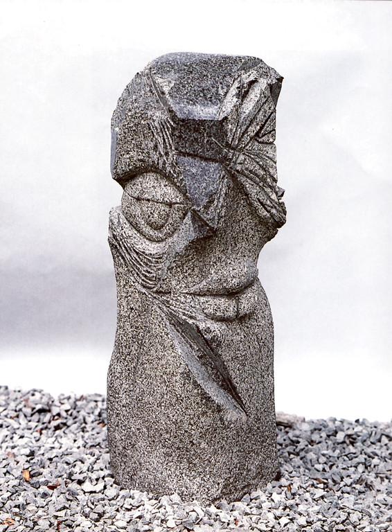 """Parsival"" 1992,Granit, teilweise poliert, 24x25x78cm"