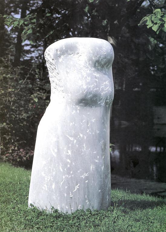 """""""Verlust"""" 1998, türk. Marmor, teilweise geschliffen, 59x34x128cm"""