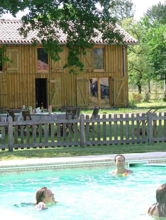 Le Safranério vu de la piscine