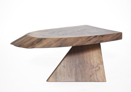 T2601 · Walnut#arttable#table#coffeeetable#homedecoration#artcollector#sculpturel#coffeetable#woodworking#interiordesign#woodsculpture#art#woodart#wooddesign#decorativewood#originalartwork#modernwoodsculpture#joergpietschmann#oldwood