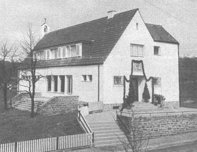 Das St.Theresienhaus, 1931 Kinderschule mit Kapelle.