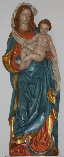 """""""Wiener Madonna"""" aus einer Werkstätte in Oberammergau (1980 angebracht)"""