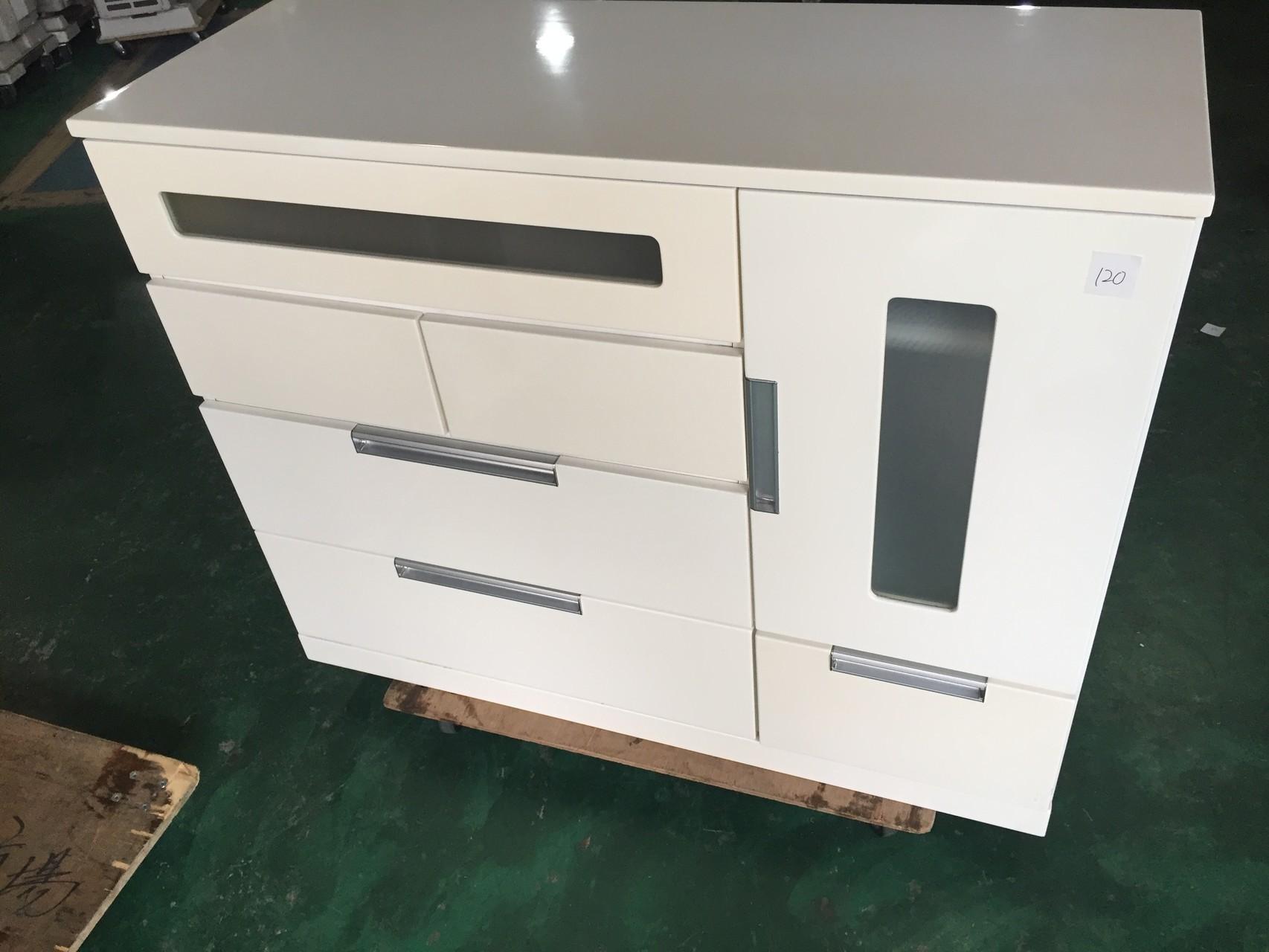 ロータイプ食器棚