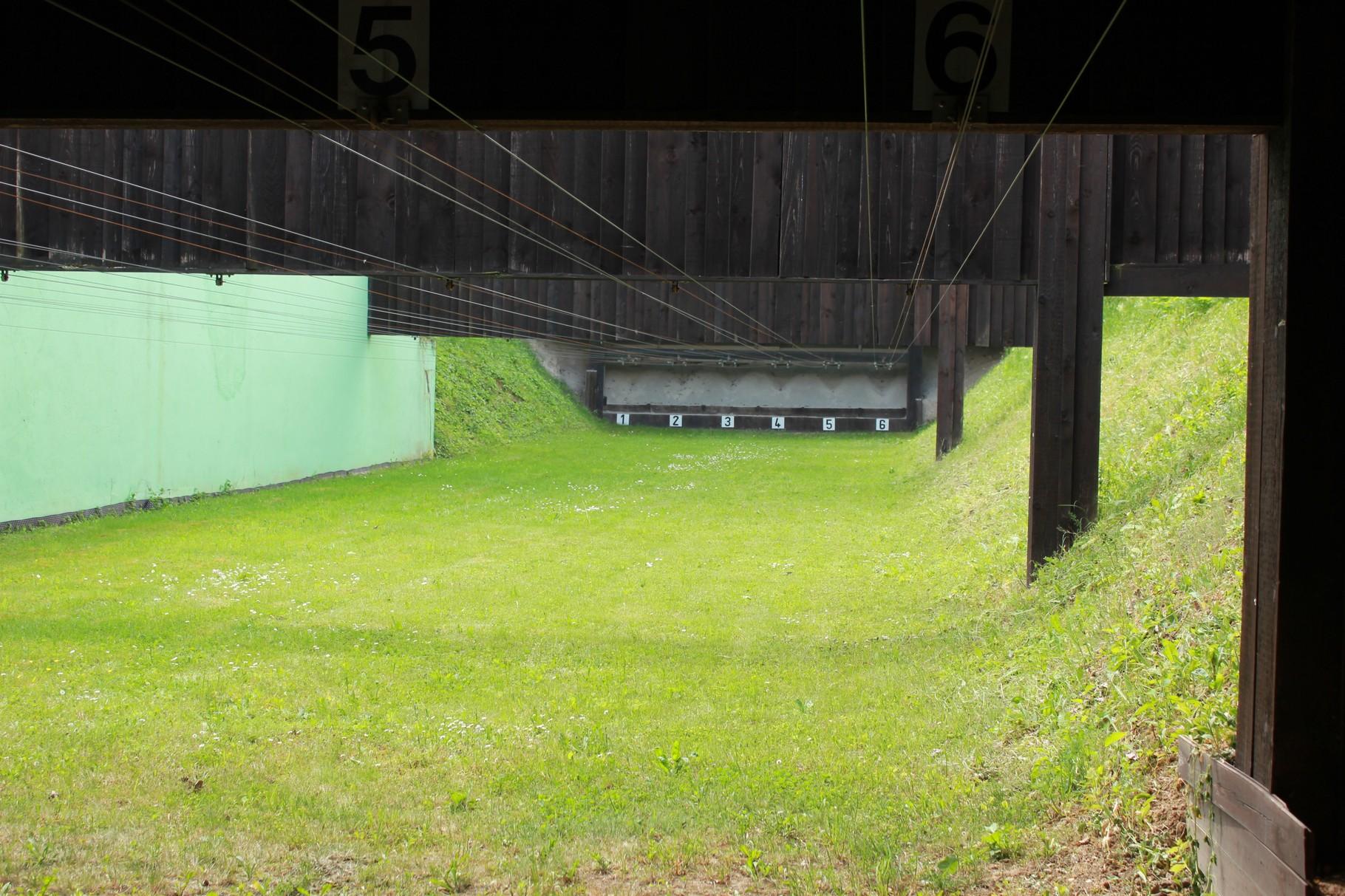 50-Meter-Stand mit Zuganlage für Kurz- und Langwaffen
