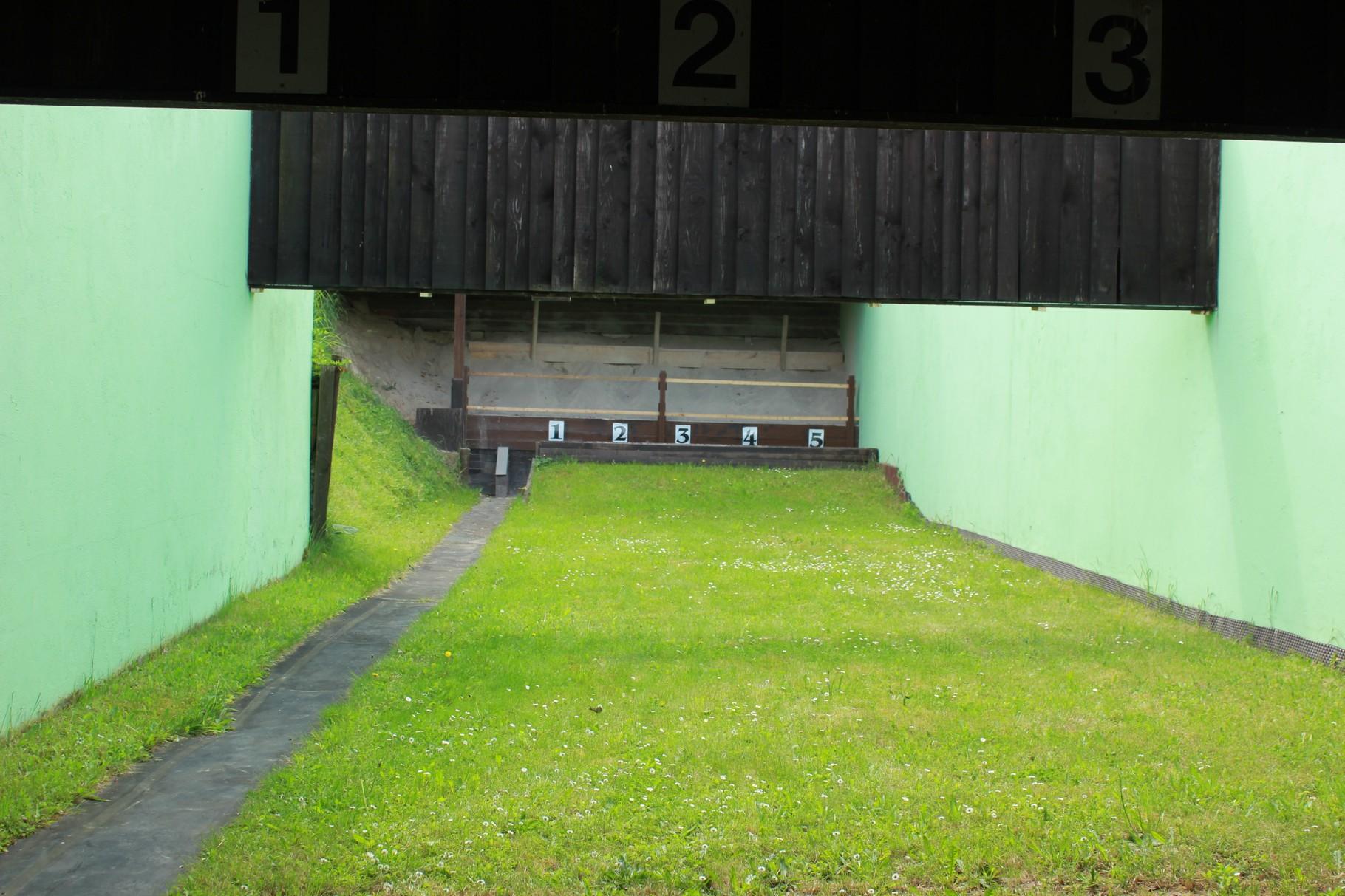 25-Meter-Stand mit Duellanlage für Kurzwaffen