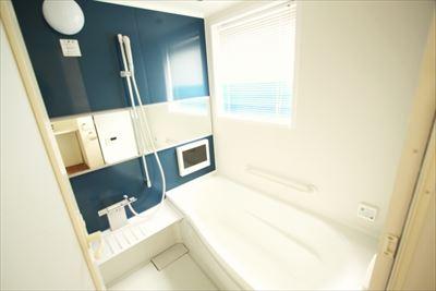 お風呂のリフォームは浴槽選びも重要!