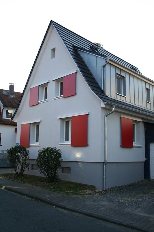 Schiebeläden Wohnhaus