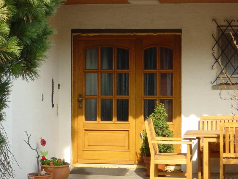 Haustür aus Eichenholz