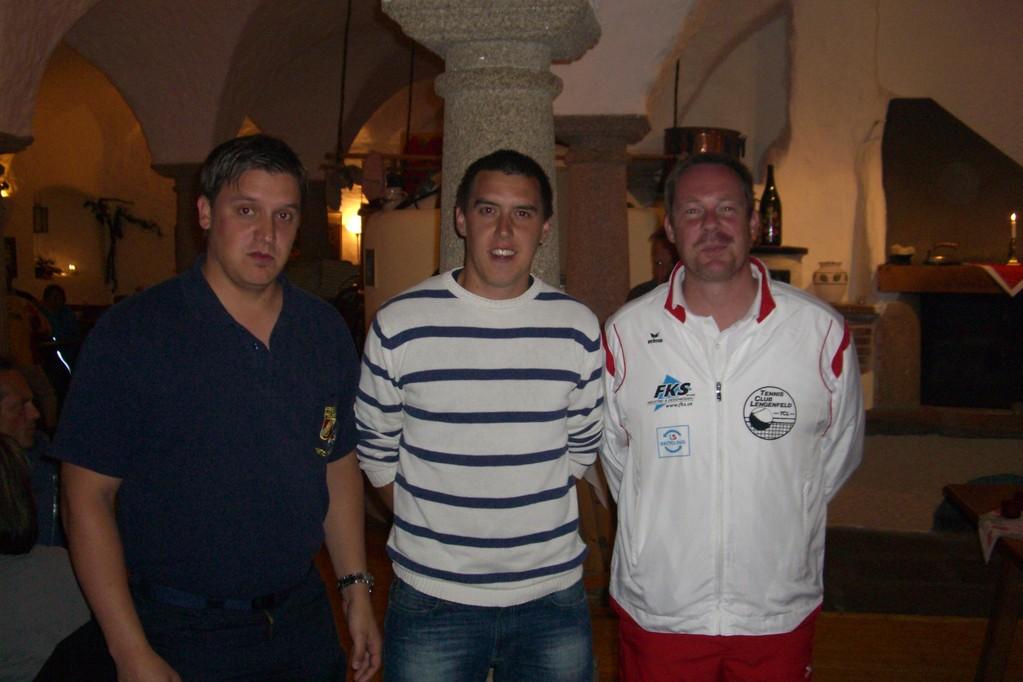"""Die """"3 besten"""" Spieler der A-Liga; v.l.: Stefan Riedl, Thomas Scherz (Lichtenau/Ottenstein), Thomas Fischer (TC Lengenfeld)"""
