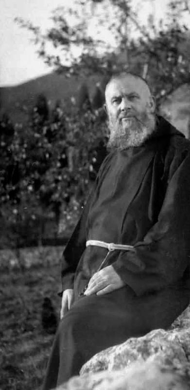 Padre Raffaele da Sant'Elia a Pianisi (1890-1974). Conobbe Fra Pio nel 1905, mentre era in prova nel convento del suo paese. Fu guardiano del convento di San Giovanni Rotondo dal 1928 al 1941