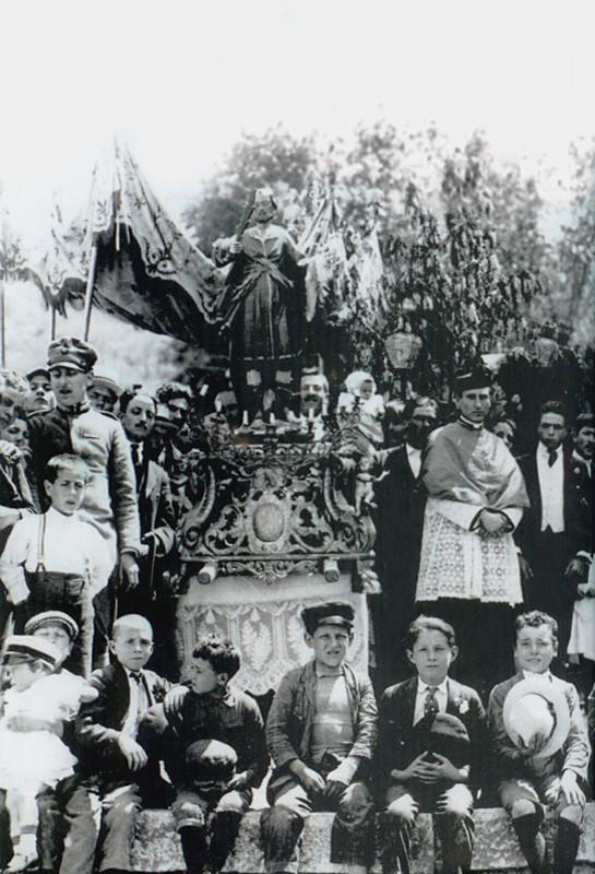 La festa di S. Primiano negli anni Dieci del Novecento [foto Archivio Pilone]