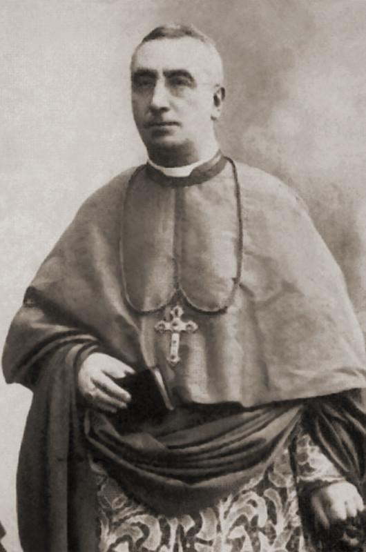 Mons. Benedetto Bonazzi (1840-1915), insigne grecista e abate del monastero cavense, prima della promozione alla sede metropolitana di Benevento