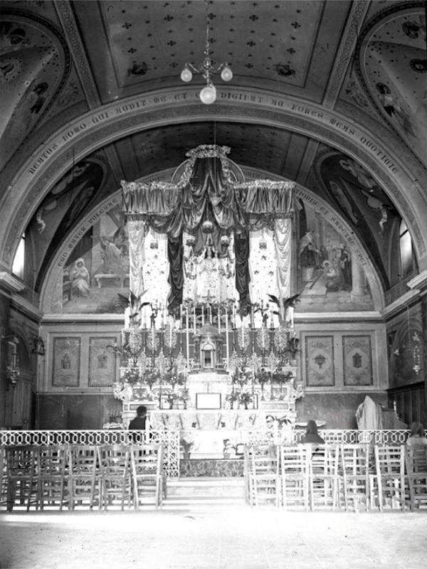 L'interno della chiesa, con gli affreschi di Abele Valerio (1911), precedenti a quelli di Amedeo Trivisonno (1945). La statua dellla Madonna risale al 1334, così com'è scolpito sul piedistallo ligneo [foto V. Colledanchise]
