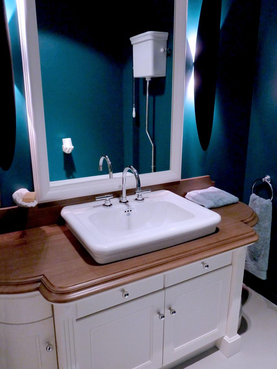 WC et sanitaire Devon Devon, meuble Classique chant double bec de corbin chêne massif