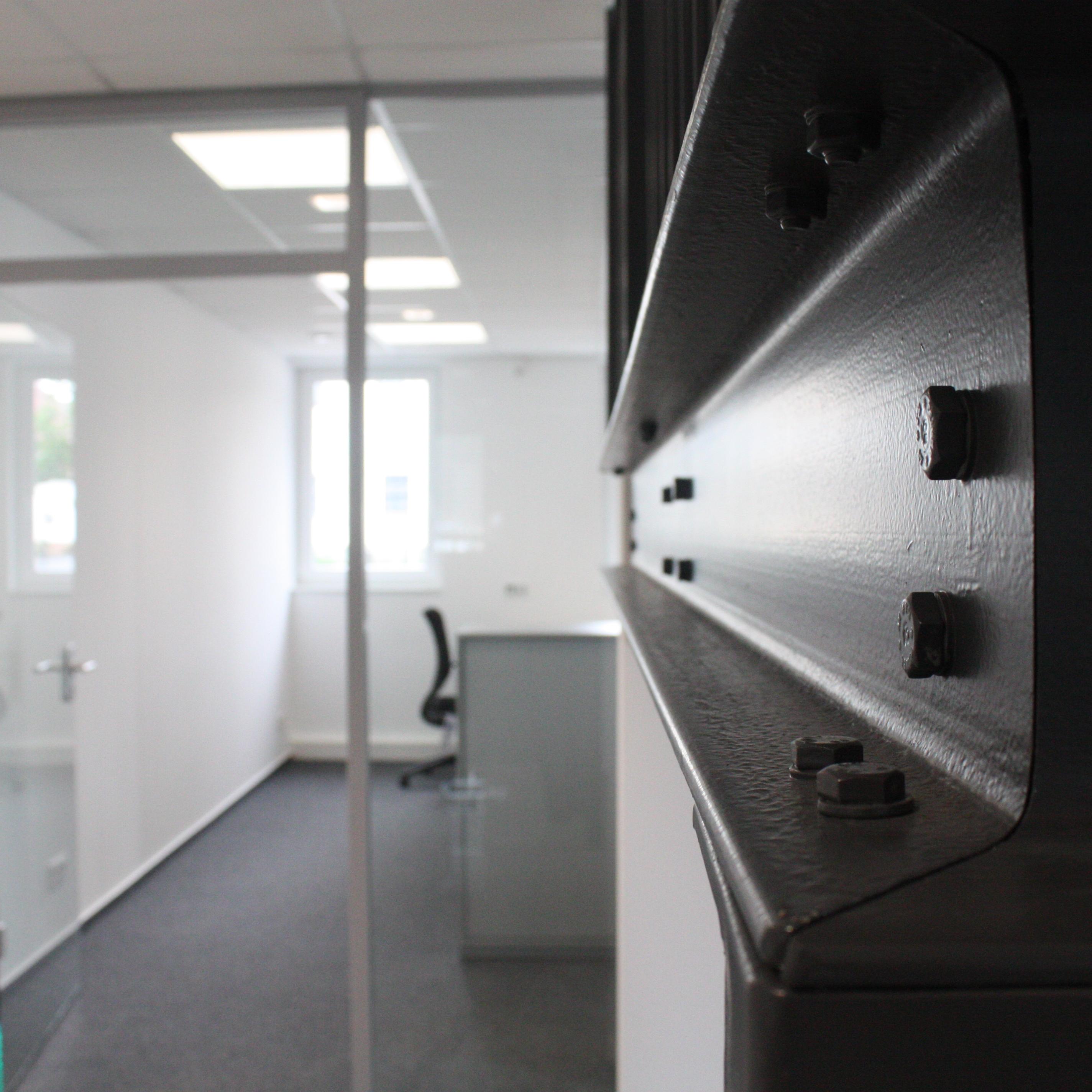 Neubau Gewerbehalle mit Büro