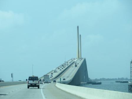 Sunshine Skyway Bridge auf dem Weg nach St. Pete Beach