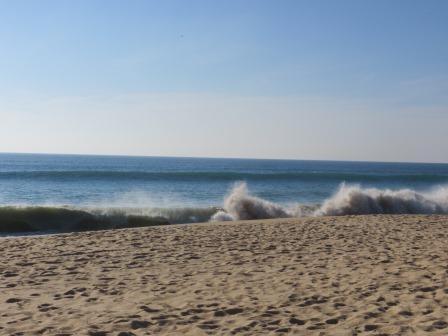 Wellengang am Faro-Beach