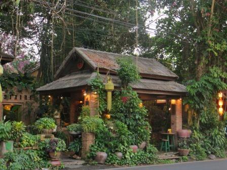 Art Gallery Coffee & Drink Restaurant