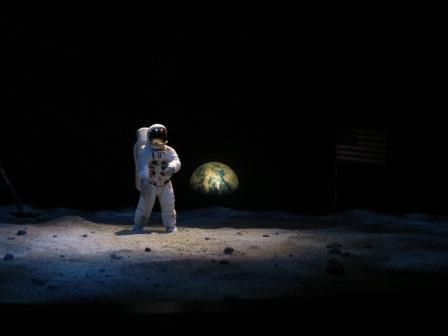 ...bis zur Landung auf dem Mond