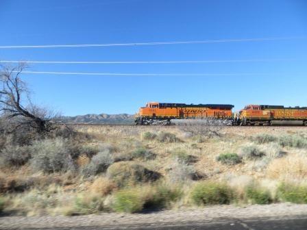 Unendlich lange Güterzüge